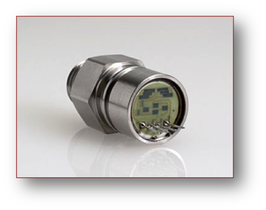 ceramic pressure sensor with housing